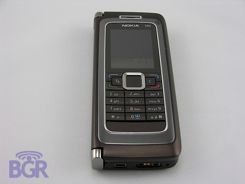 NokiaE90.1