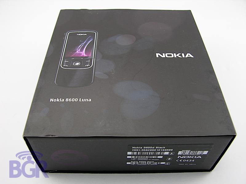 Nokia8600Luna1