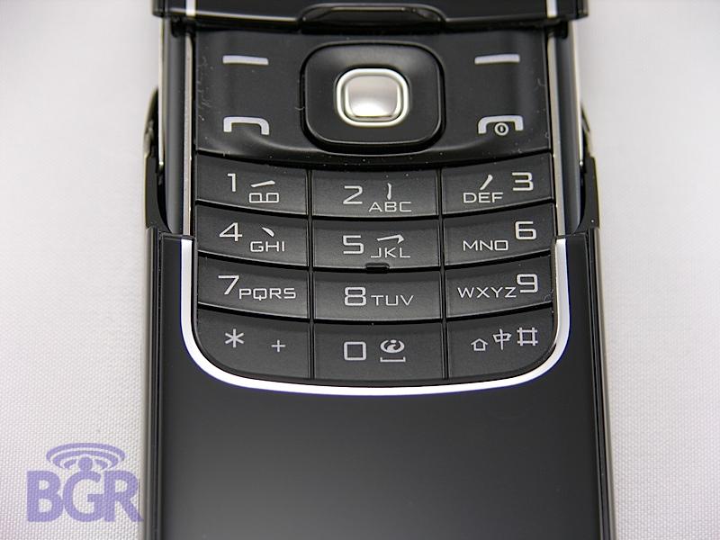Nokia8600Luna10