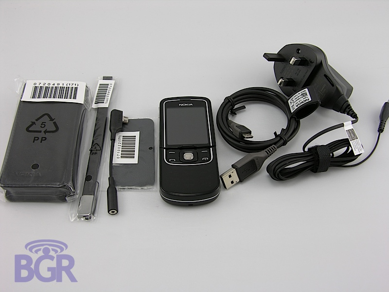 Nokia8600Luna7
