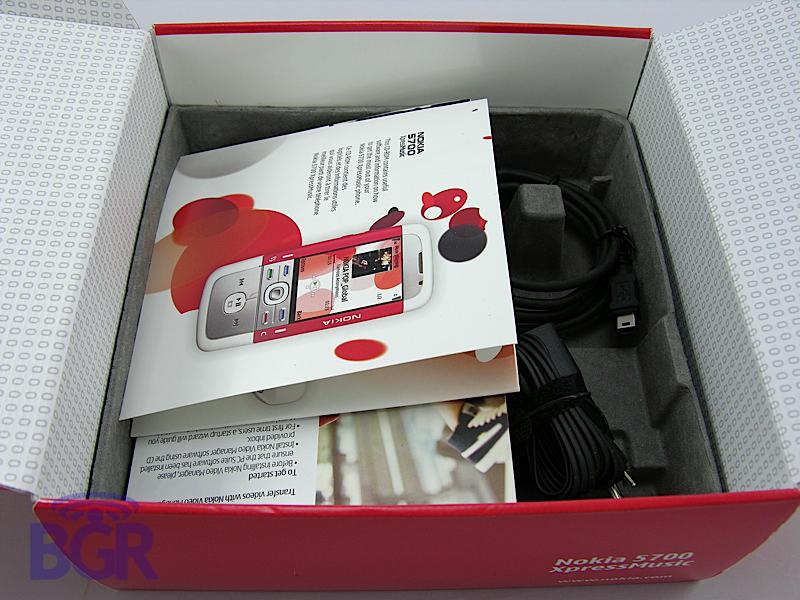 Nokia_5700_4