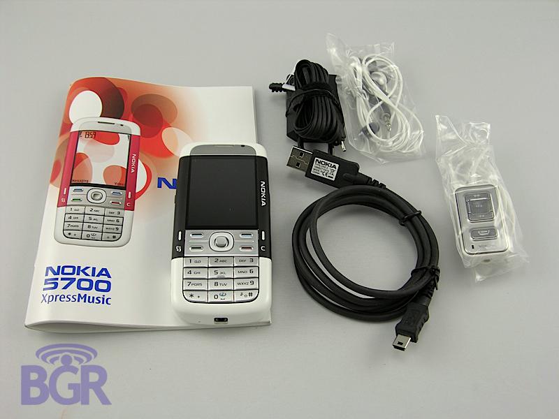 Nokia_5700_5
