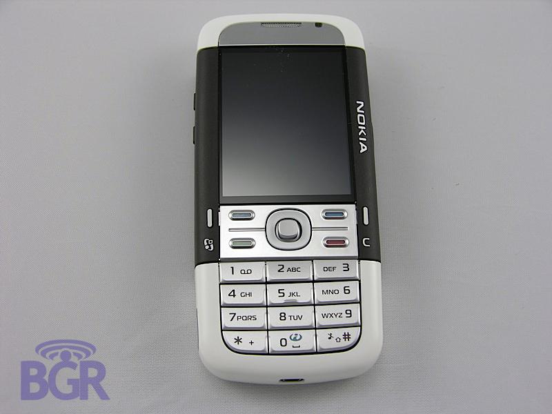 Nokia_5700_6