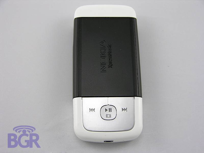 Nokia_5700_7