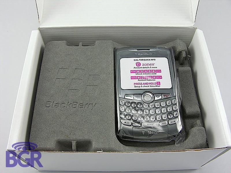 BlackBerryCurve8320_10