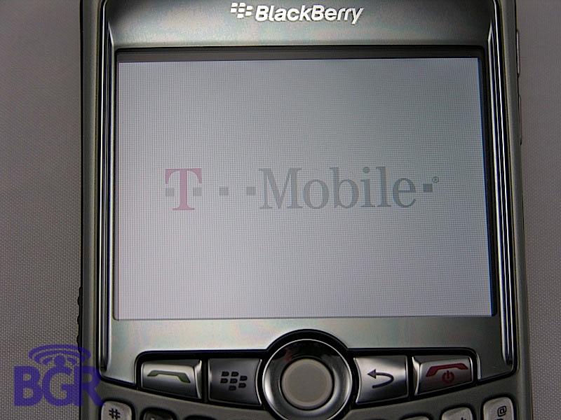 BlackBerryCurve8320_4