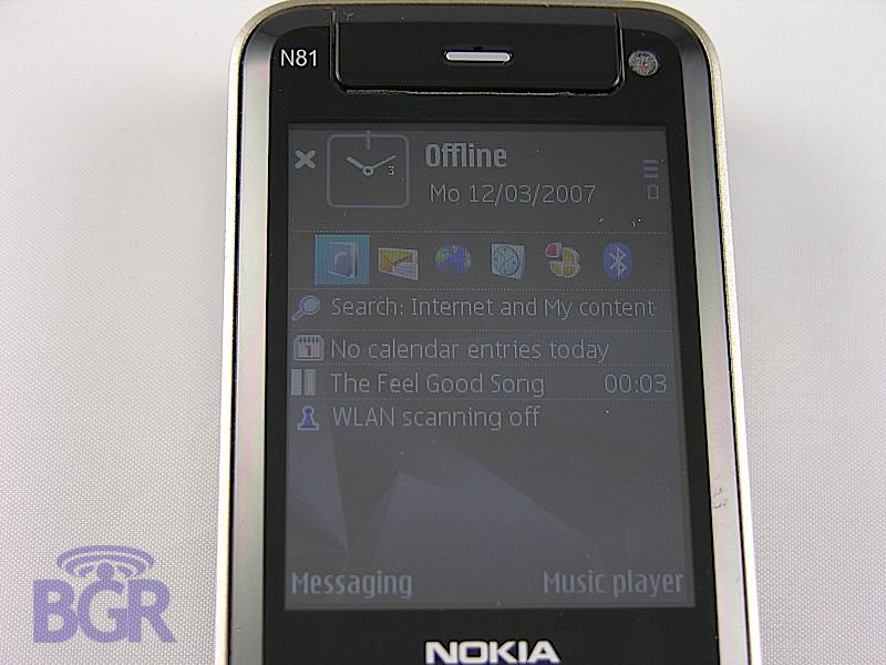 Nokia_N81_4