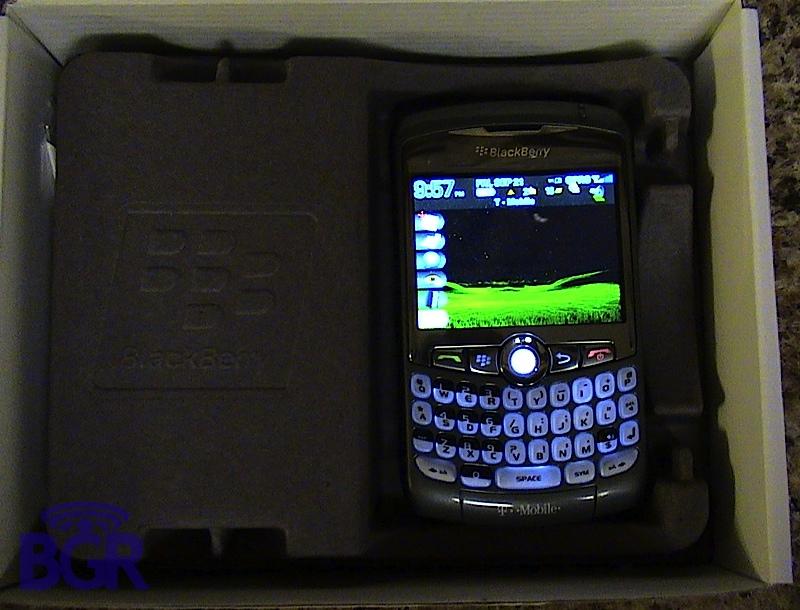 T-Mobile_BlackBerry8320_3