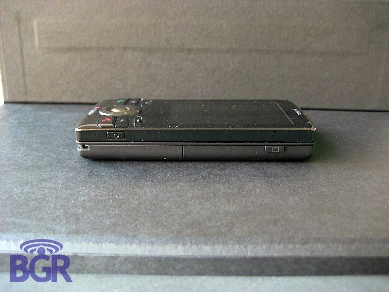 T-MobileShadow_4