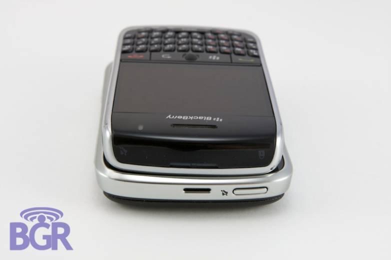 BlackBerryCurve8900_8