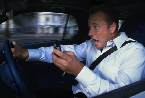 Teenagers-Text-While-Driving