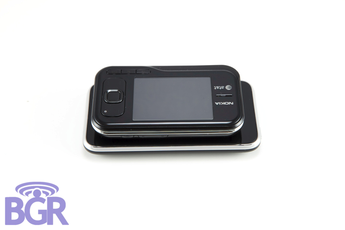 Nokia6790_3