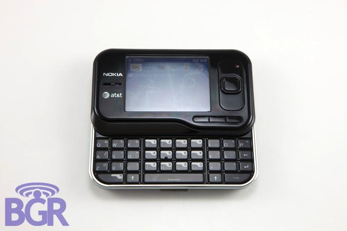 Nokia6790_6