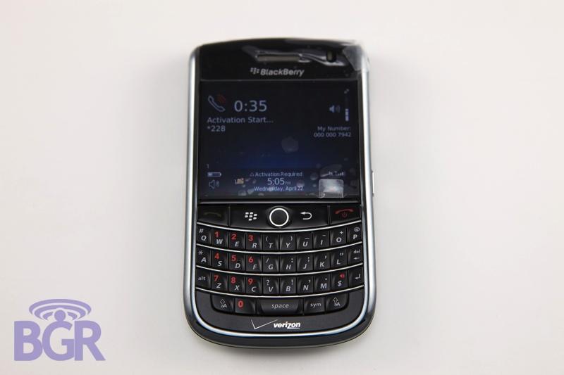 VerizonBlackBerryTour1