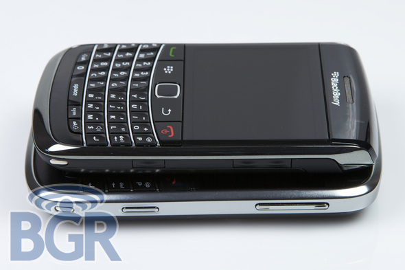 blackberry-9700-11