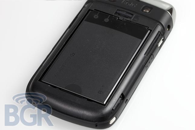 blackberry-bold-9700-3