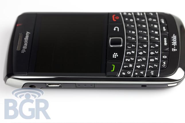 blackberry-bold-9700-5