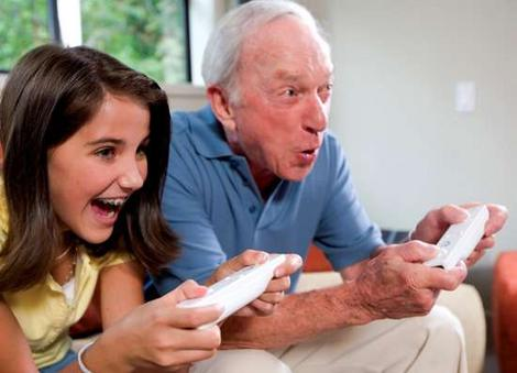 gaming-old-young