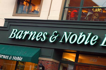 barnes_and_noble_450