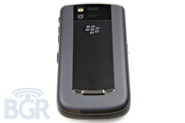 Sprint-BlackBerry-9650-2