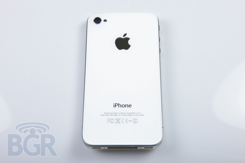 apple-iphone-4-white3