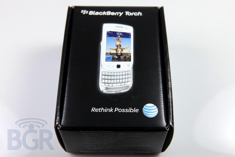 blackberry-torch-9800-white-2