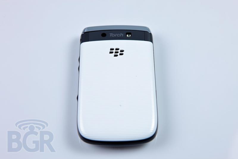 blackberry-torch-9800-white-5