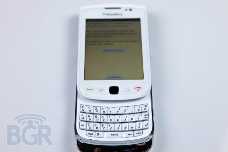 blackberry-torch-9800-white-6