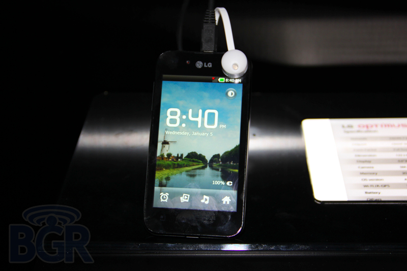 lg-optimus-black-4