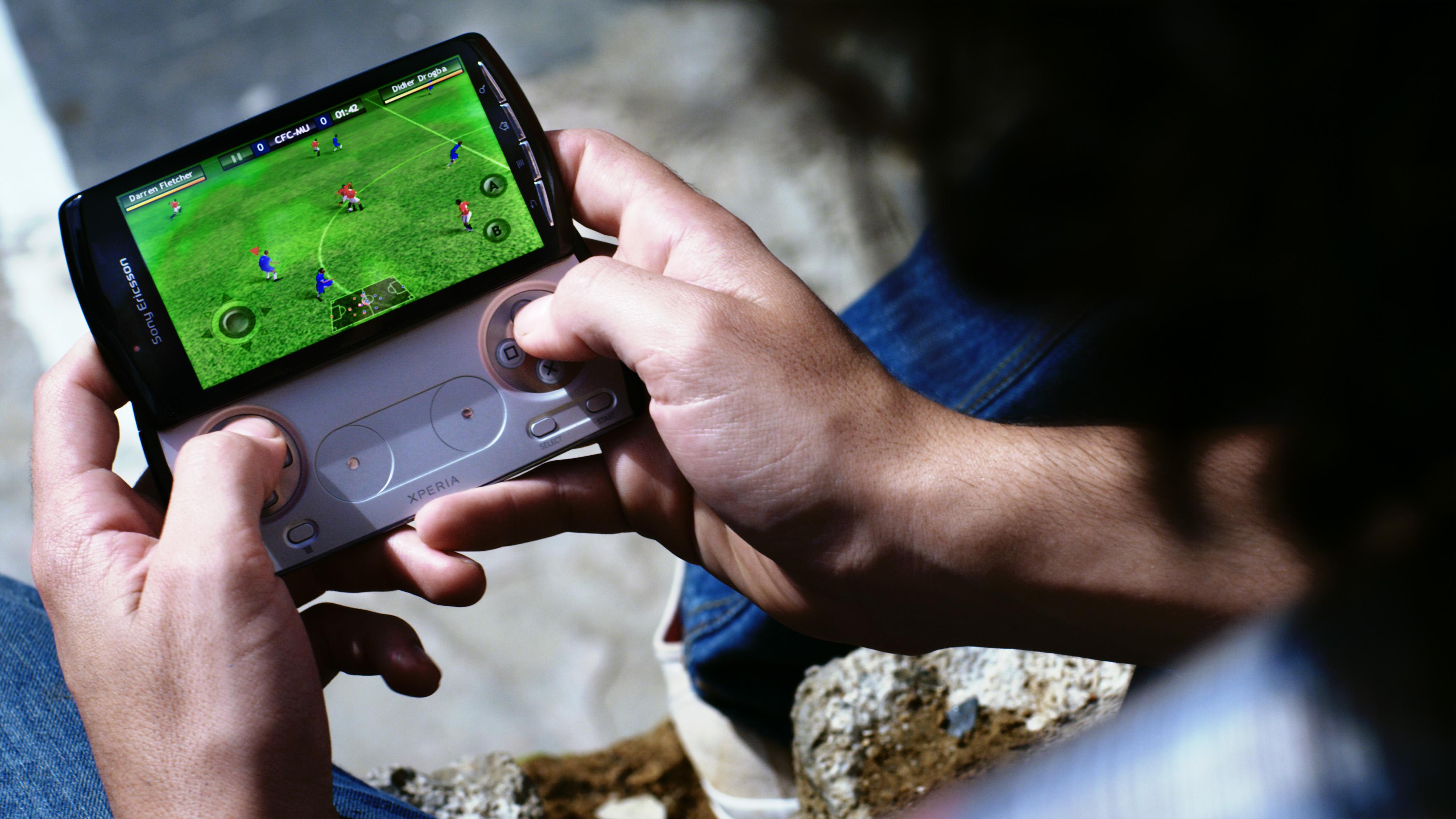 xperia-play-game3110213190830