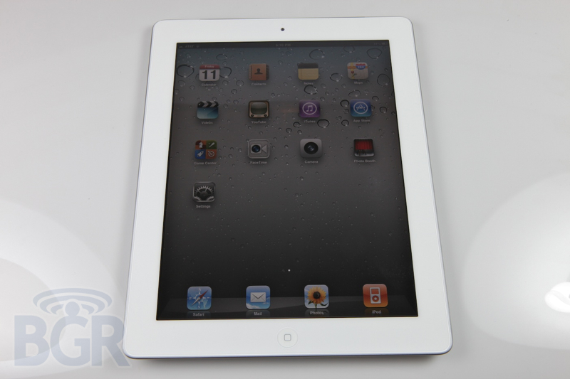 apple-ipad-2-2110311232836
