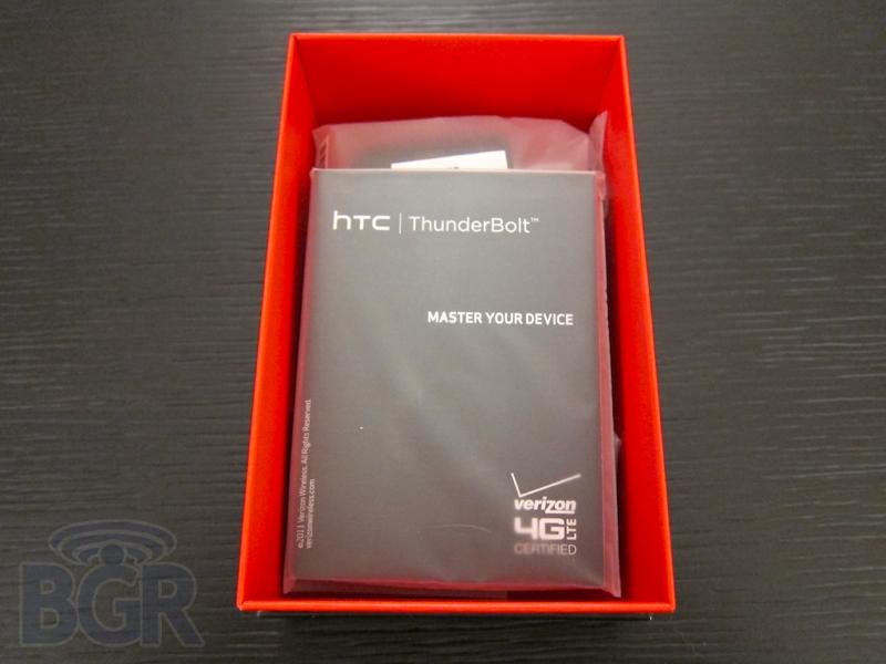 htc-thunderbolt-7110317012745