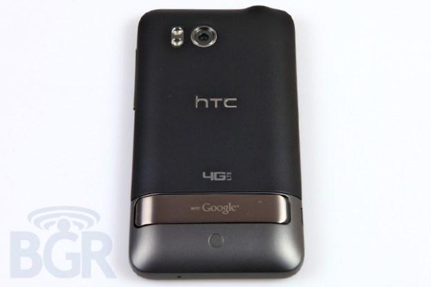 HTC-ThunderBolt-8