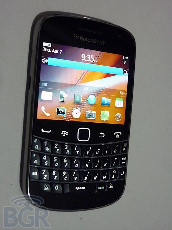 blackberry-bold-torch-9930-7110407151130