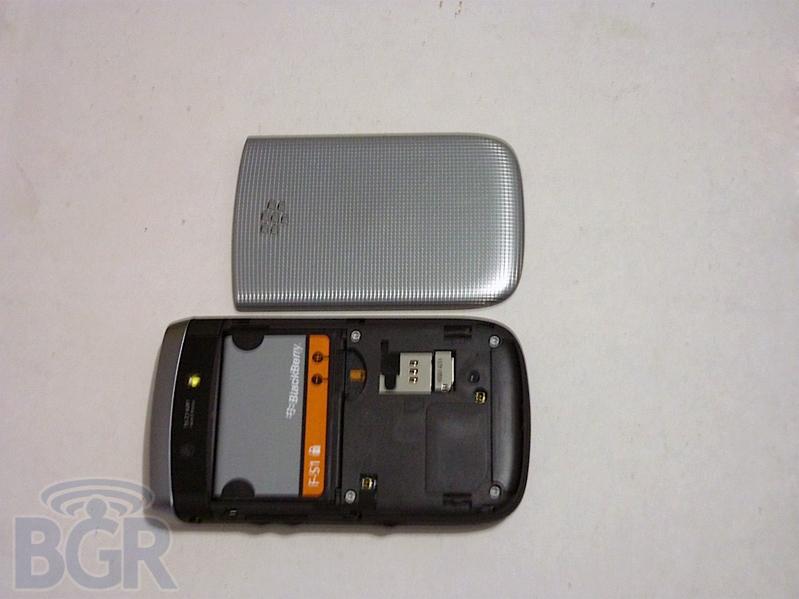 blackberry-torch-2-2110408132012
