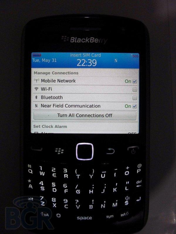 blackberry-curve-9360-3110531175312