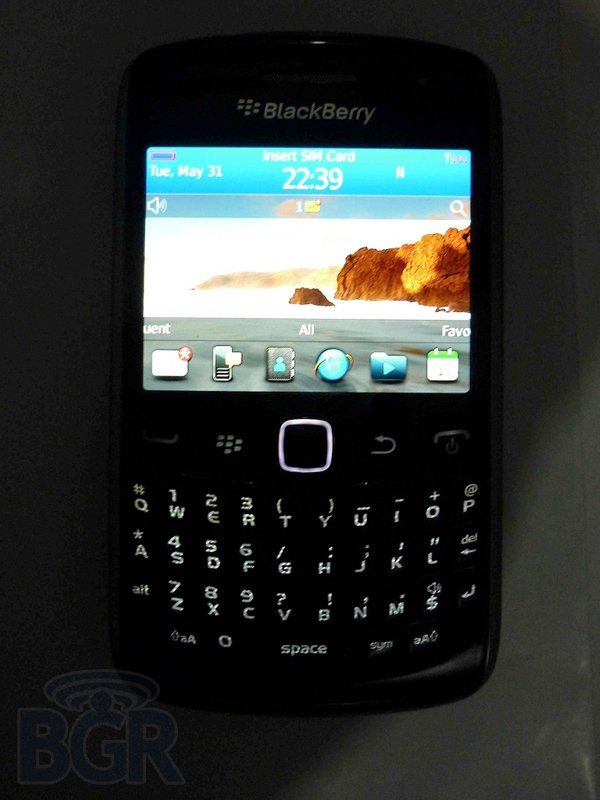 blackberry-curve-9360-4110531175315