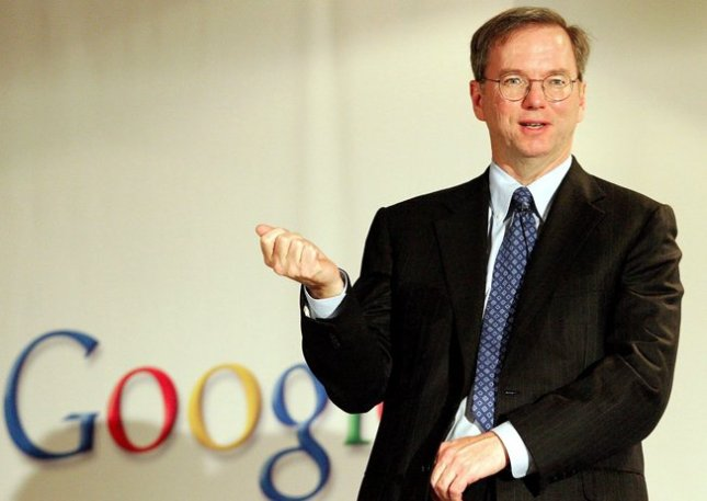 Eric Schmidt says differentiation not fragmentation in Android