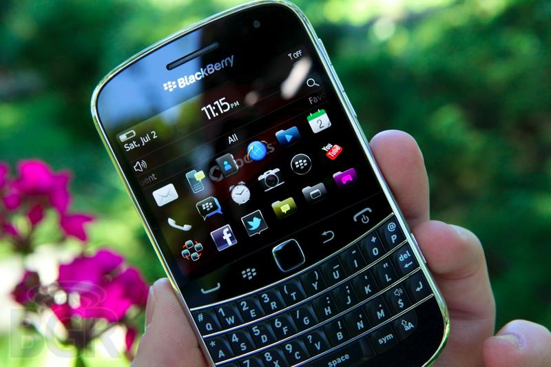 blackberry-bold-9900-4110811145710
