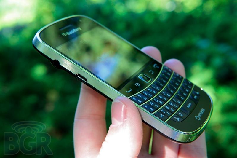 blackberry-bold-9900-5110811145712