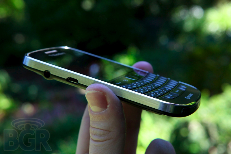 blackberry-bold-9900-7110811145717