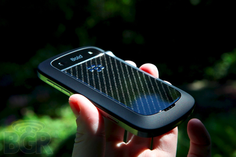 blackberry-bold-9900-8110811145719