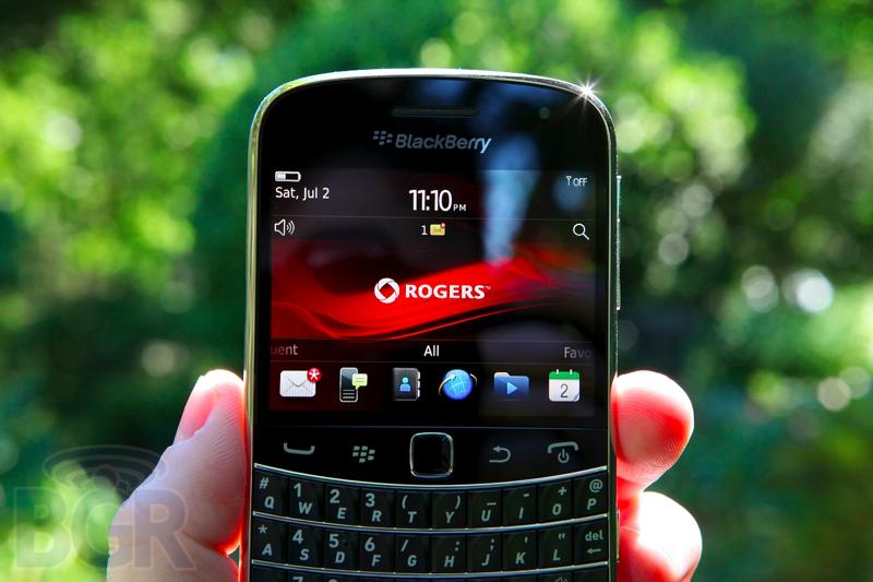 blackberry-bold-9900-9110811145720