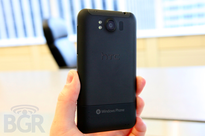 htc-titan-hands-on-4110901182615