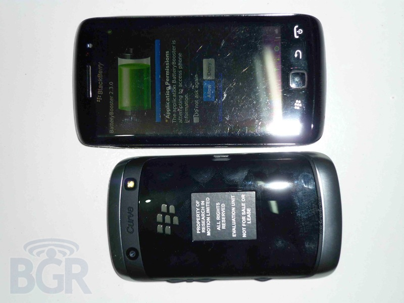 blackberry-curve-9380-4110913143751