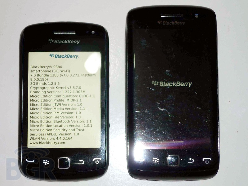 blackberry-curve-9380-5110913143755