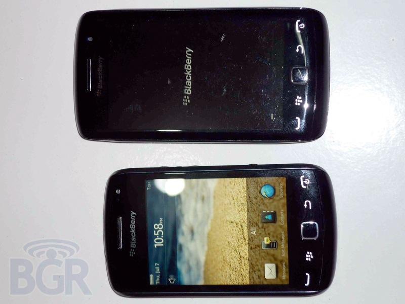blackberry-curve-9380-6110913143756