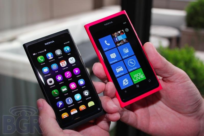 bgr-nokia-lumia-800-7