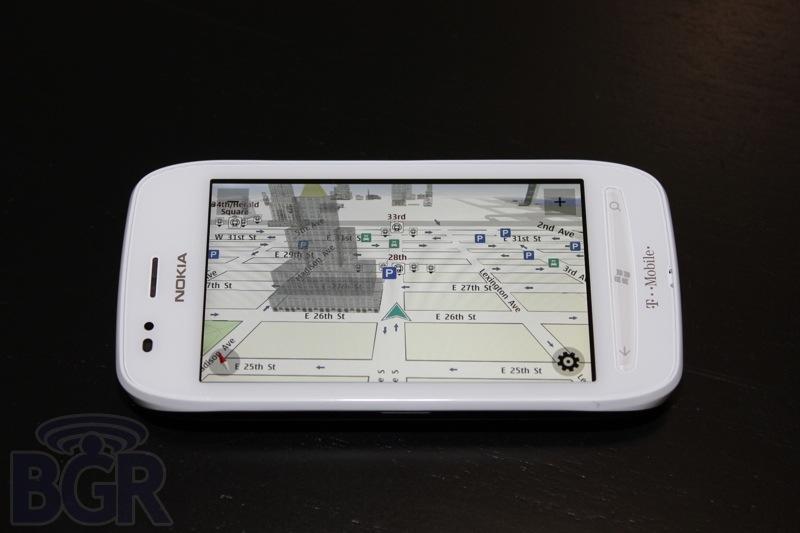 bgr-t-mobile-lumia-710-4