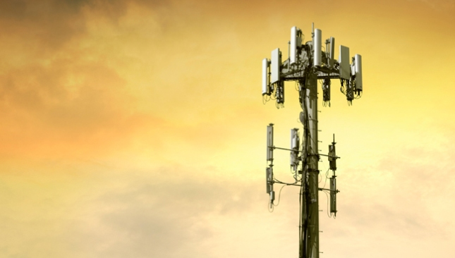 how to make cell phone internet faster